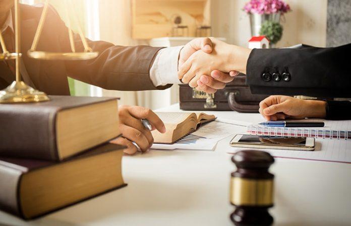 recruter un avocat pour une entreprise
